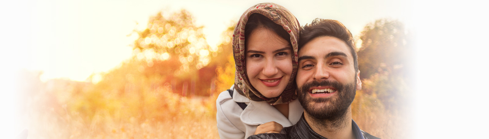 Muslim dating couple