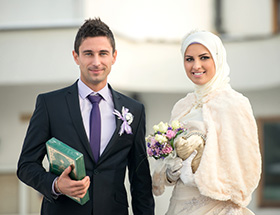 Muslim man and women getting married