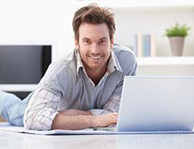 irish man on laptop